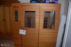 De infrarood sauna op de eerste verdieping