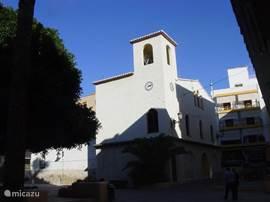 Het dorpje Moraira ligt op vijf kilometer afstand en biedt vele fotogenieke gevels.