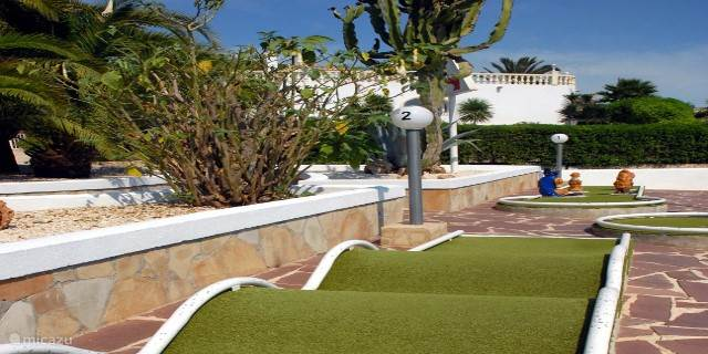 Mini Golf urbanisation Sol Park Calle Lerida 2 Moraira