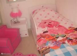 Prachtige kinderkamers met dekbed overtrekken voor jongens en meisjes