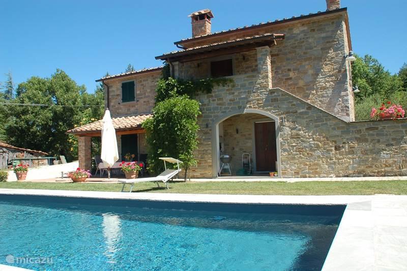 Vakantiehuis Italië, Toscane, Caprese Michelangelo Vakantiehuis Casa Baroti