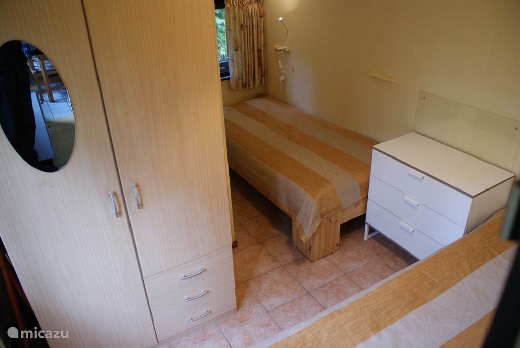 slaapkamer 3 L vormig.