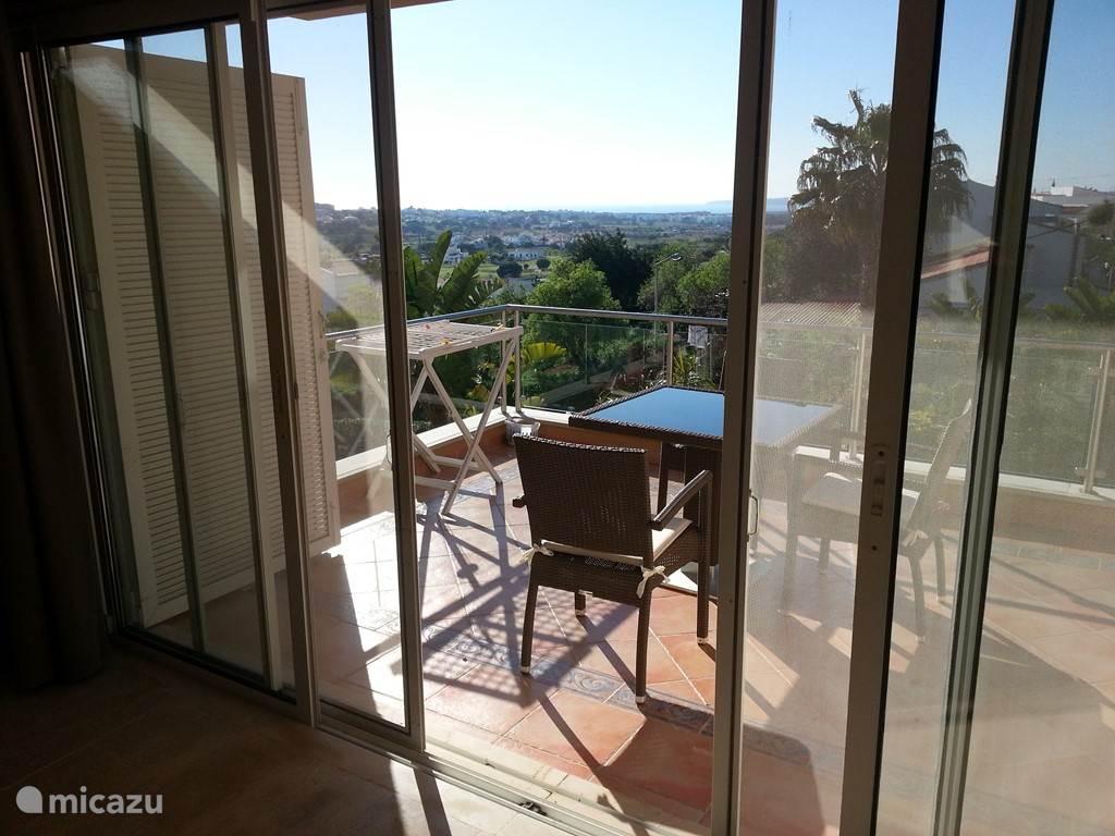 Uitzicht vanaf de woonkamer