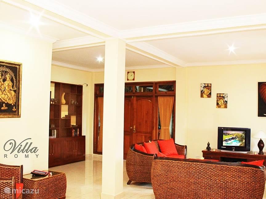 Rent Villa Romy In Lovina  Bali