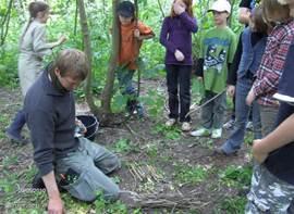 Natuureducatie, bushcraft, survivalcursussen op het landgoed.