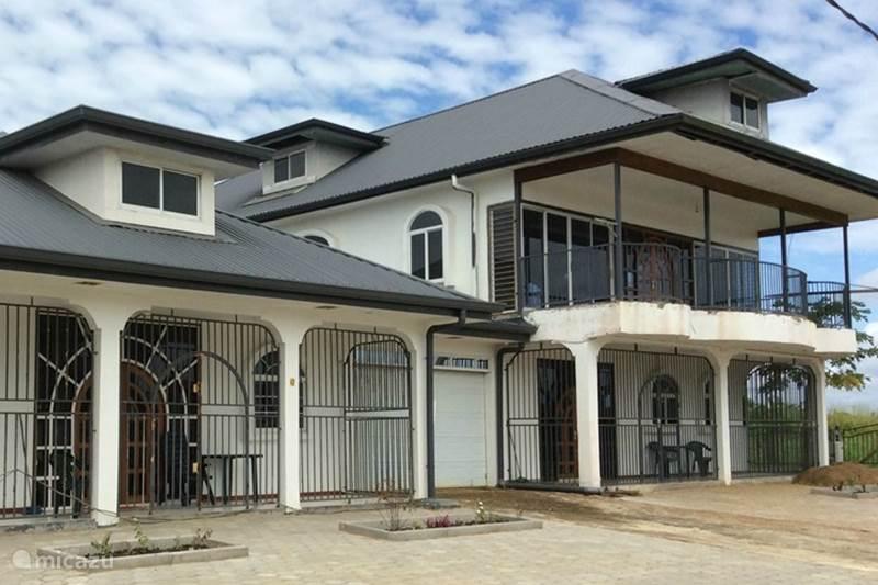 Moderne Keukens In Suriname: Rem risi u stichting volkshuisvesting ...