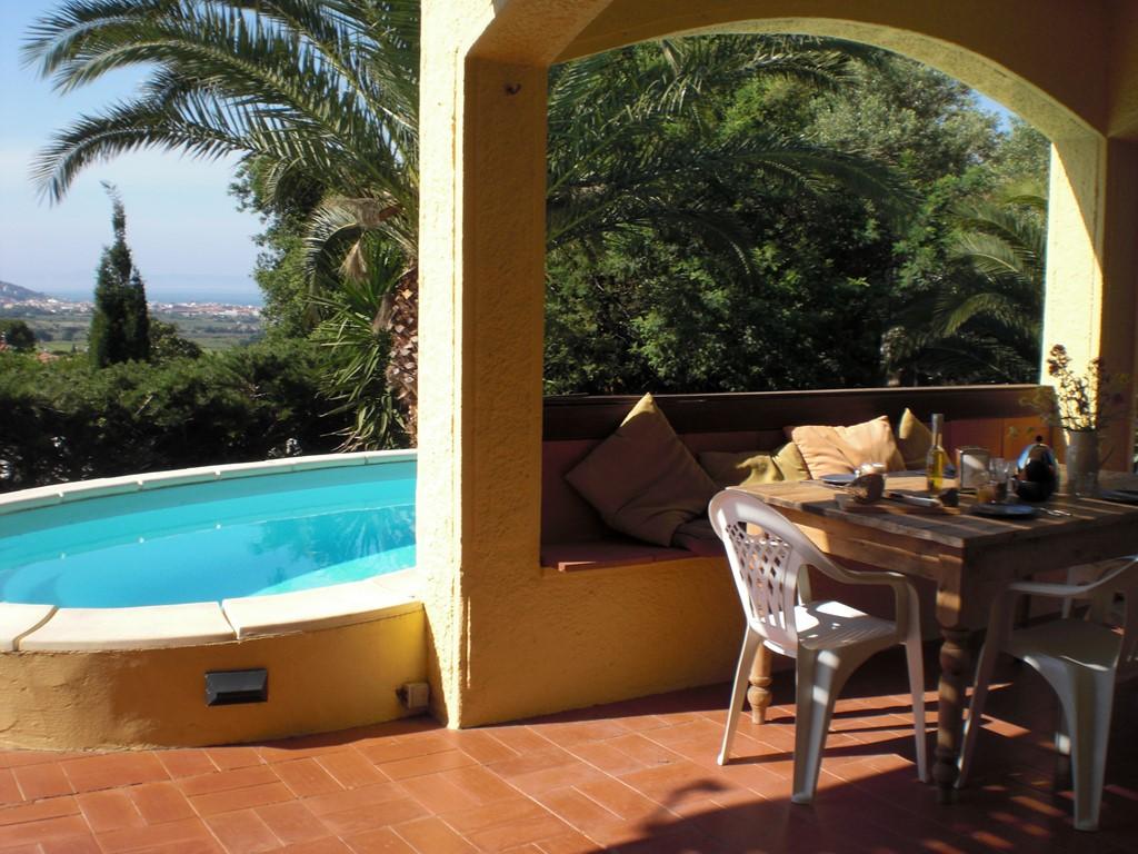 10 % korting 19 aug tot 2 sept! Heerlijk ruime villa, alles aanwezig, vlak bij het strand en het gezellige dorpje Roses, Costa Brava