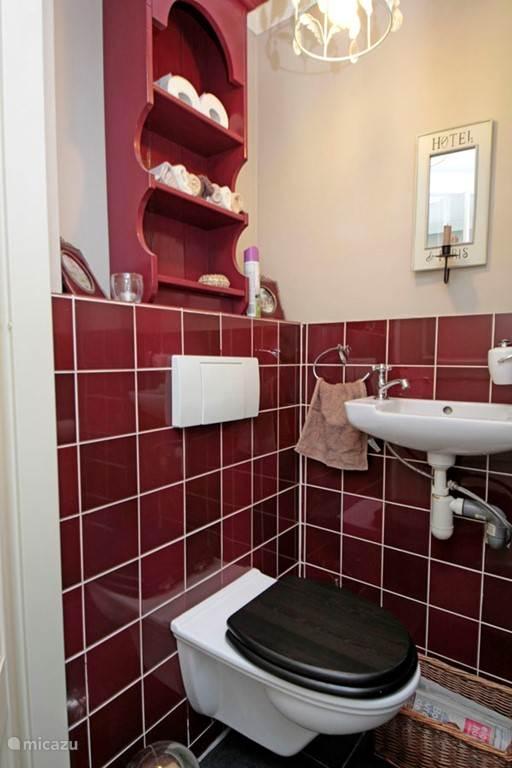 Het toilet, zelfs daar zit je gezellig.