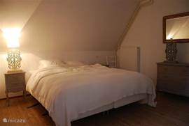 Slaapkamer met bedden van 2.20 lengte
