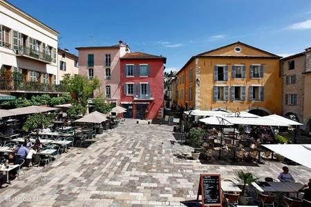Uitstapjes in de omgeving, Valbonne