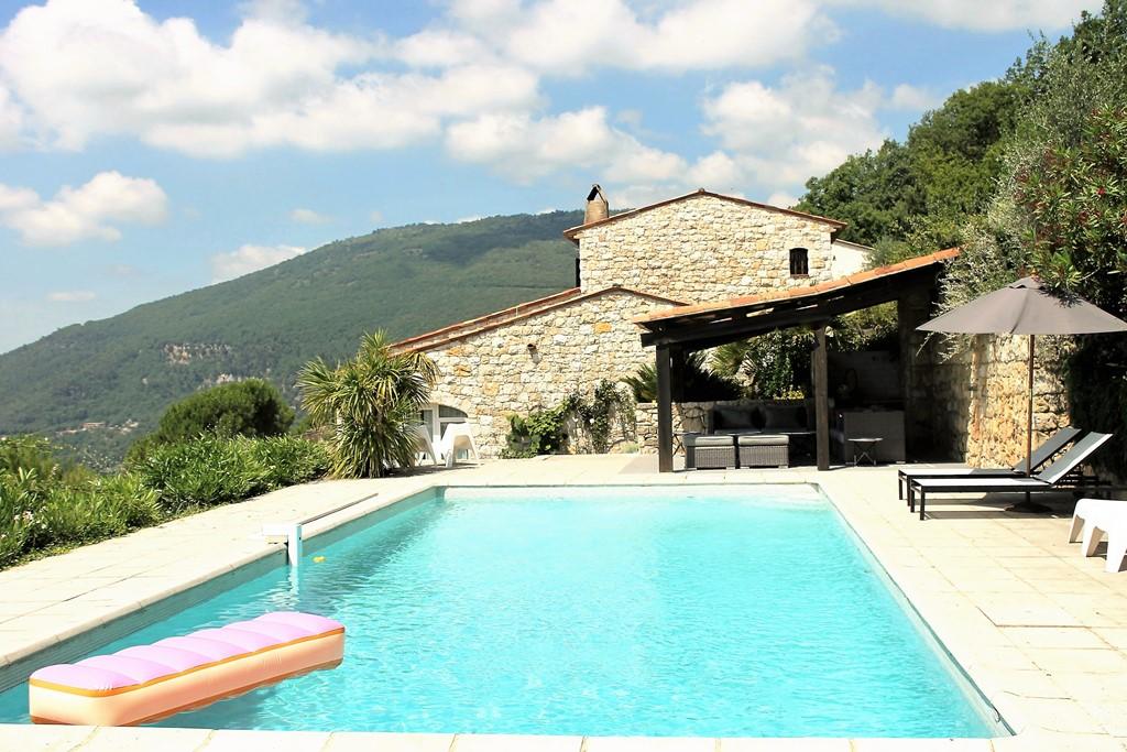 Cote d Azur Luxe villa met prive zwembad. 10 dagen voor de prijs van 1 week.. nog enkele weken augustus beschikbaar
