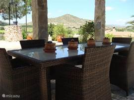 The outside dining with a good view of the surrounding mountains from the 'Sierra Crevillente'.