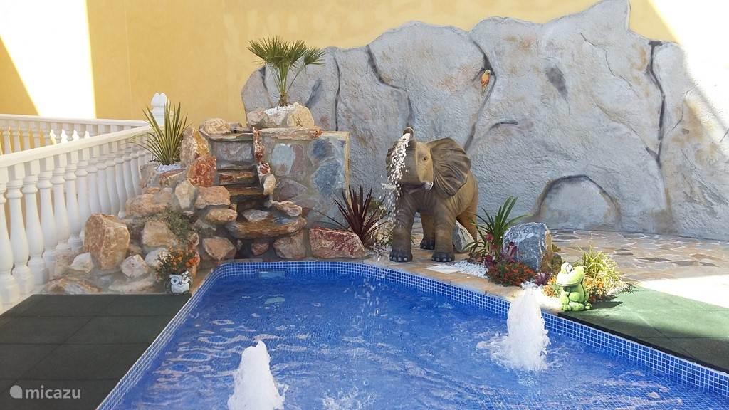 Peuter zwembad 15 m van Casa Madeleine