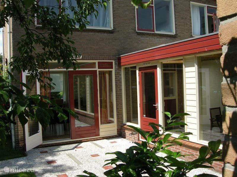 Vakantiehuis Nederland, Noord-Holland, West-Graftdijk geschakelde woning Zonnekroon