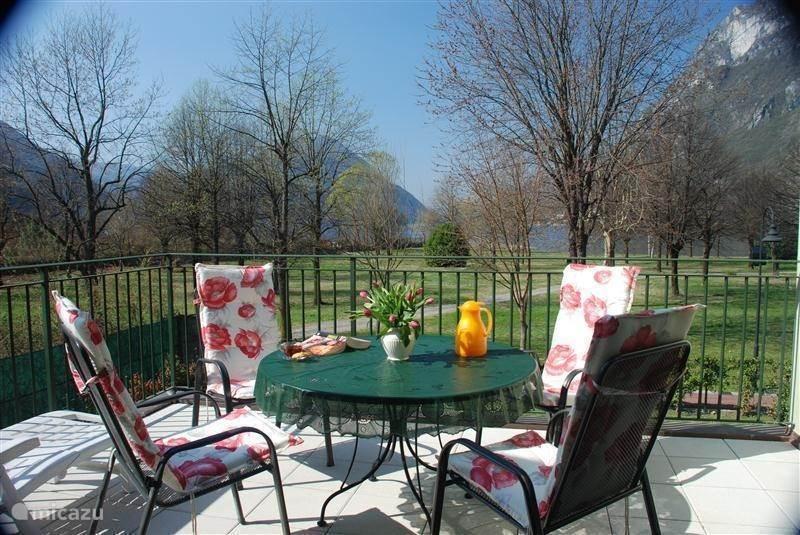 Vacation rental Italy, Italian Lakes, Porlezza villa Porto Letizia Villa Dahlia 3