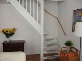 De trap naar boven.