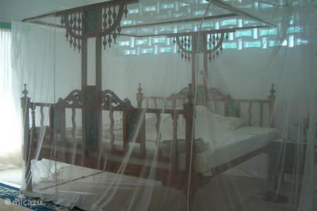 Vakantiehuis kenia huren vakantiewoningen in kenia - Kleedkamer badkamer ...