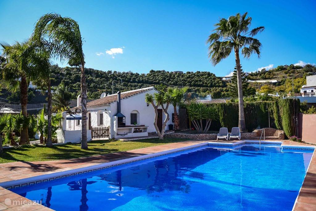 privé zwembad / tuin / huis