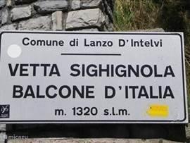 dit is het hoogste punt van het meer de balcone van Italie op zon 1320 meter super uitzicht over de plaats Lugano
