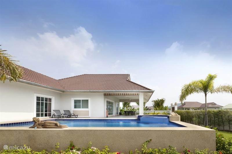 Villa freistehende villa in hua hin zentralthailand for 8 villas hua hin