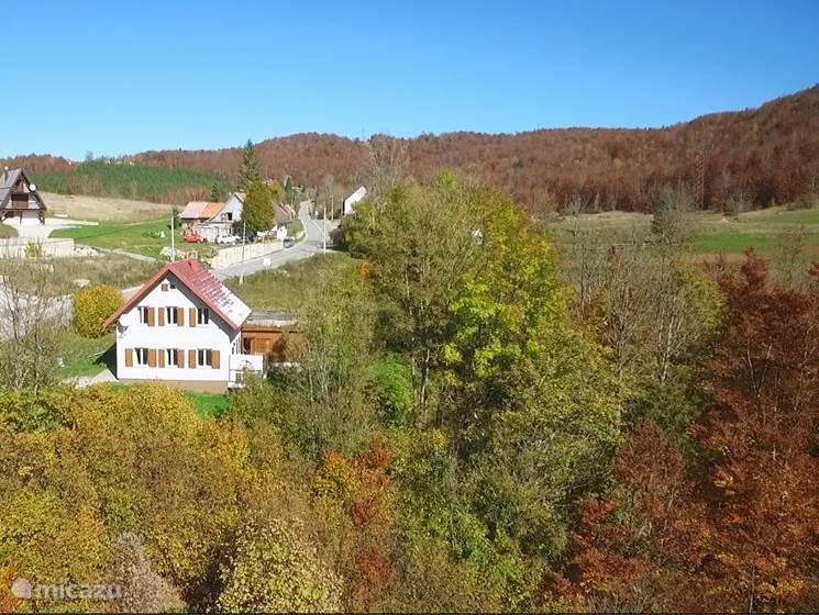 Vacation rental Croatia – holiday house Vikendice Lisina