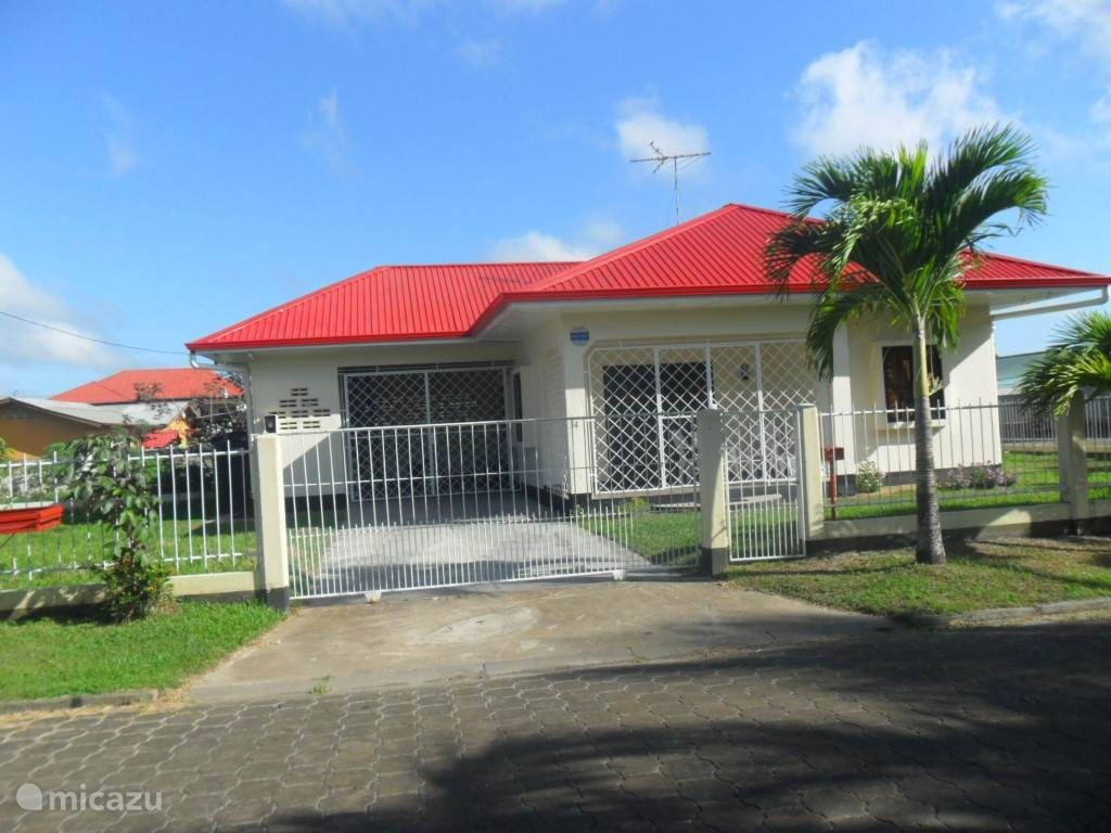 Rent Holiday Elconsuelo In Paramaribo Paramaribo Micazu