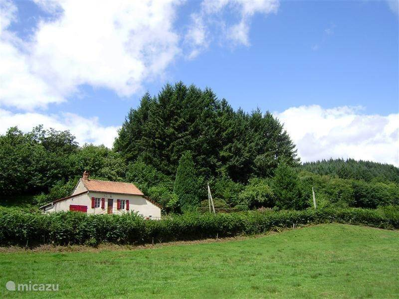 Vacation rental France, Burgundy, Larochemillay - holiday house Gite Le Verne