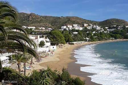 Vacation rental Spain, Costa Brava, Palau Saverdera apartment Sun Village I