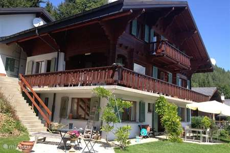 Vacation rental Switzerland – apartment Chante Alouette