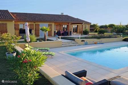 Vakantiehuis Frankrijk, Dordogne, Belvès villa Luxe Vakantiehuis Dordogne Beau Reve