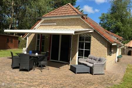 Vakantiehuis Nederland, Gelderland, Lunteren – bungalow Middelpunt van Nederland Met AIRCO