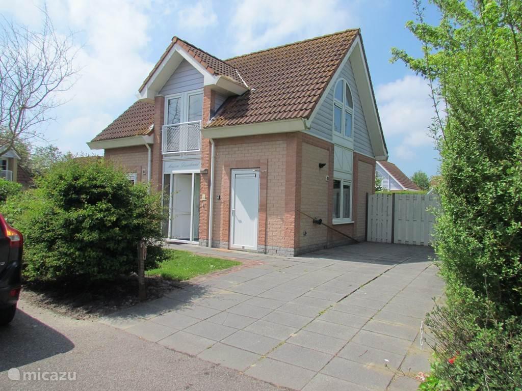 Fantastisch comfortabel huis op loopafstand van Noordzeestrand op vakantiepark de Banjaard.