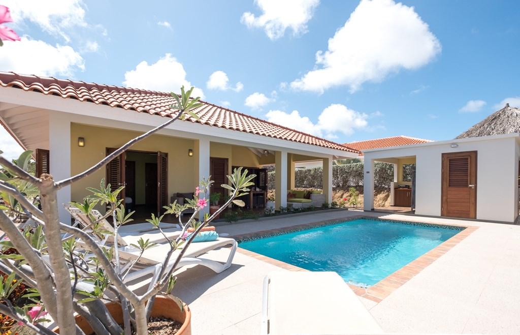 Nazomer op Curaçao? Vanaf 19 september tot 6 oktober nu met 40% Lastminute korting per nacht in Villa Gogorobi!