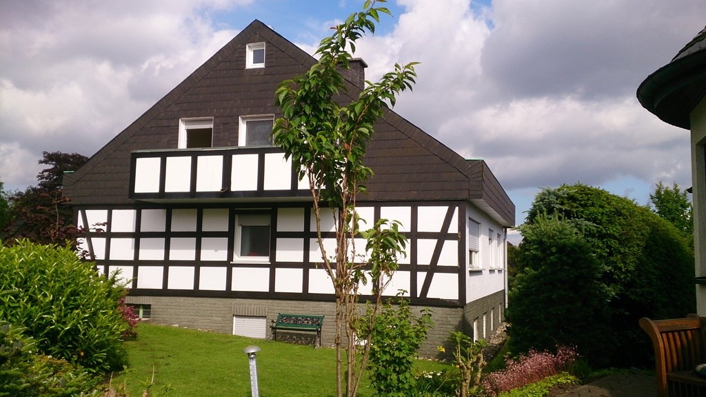 Last minute van 30 juni tot 7 juli van € 499 voor € 450. Extra personen van € 70 voor  € 60 voordelig genieten van onze mooie villa in het Sauerland.