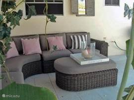Under the veranda / porch, the luxurious lounge set guarantees many relaxing hours