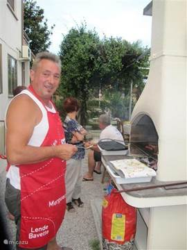 barbecue lekker n de tuin!