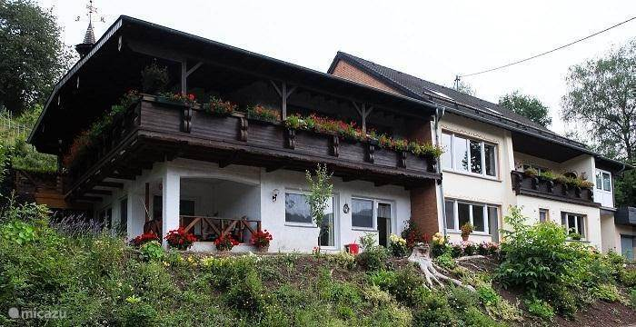 Vacation rental Germany, Eifel, Huetterscheid holiday house The birdsong
