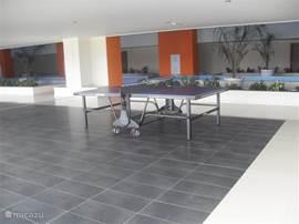 Dat is ook het geval voor de andere faciliteiten : de overdekte speelruimte met tafeltennis, ...