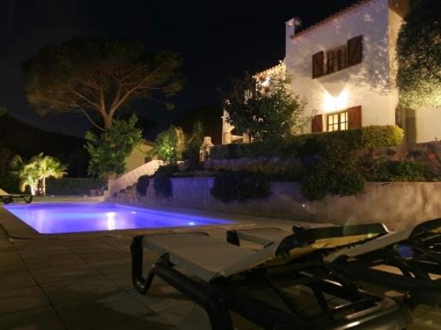 Laatste beschikbare week, fantastische villa Costa Brava, boek nu MET 30% KORTING! Aankomst 25 AUG en vertrek 1 SEP. Normaal € 2.095, NU € 1.465.