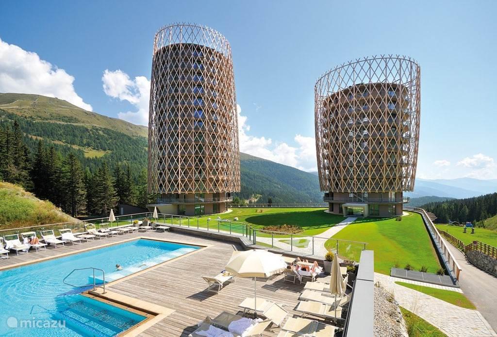 Prachtig gelegen in de bergen met Spa en Wellness faciliteiten en hotel service.