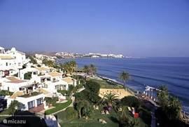 Uitzicht vanuit Costa Natura naar Estepona