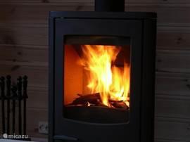Heerlijke warmte van de houtkachel.