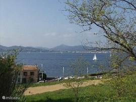 the bay which Sainte Maxime and St Tropez are both