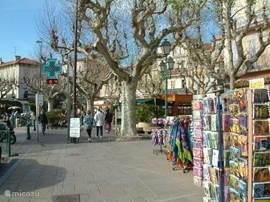gezellige centrum Sainte Maxime vlak bij de haven