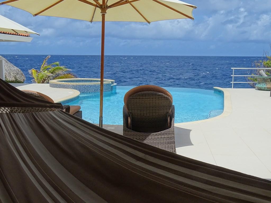 Villa Sea Paradise Curacao Ocean Front, 4 bedrooms, 3 bathrooms Sleeps 8 4 day's - €2075,-  Oct. 28 -Nov.1, 2018 Nov.10 - Nov. 13, 2018