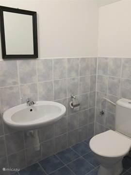 Toilet apart