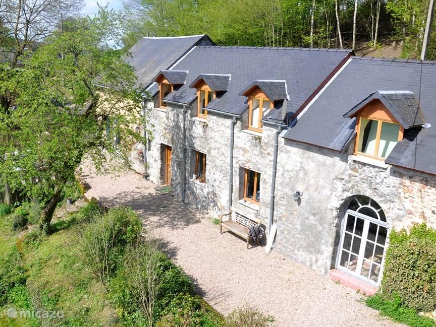 Vakantiehuis Frankrijk, Bourgogne, Villapourçon vakantiehuis Le Grand Morvan