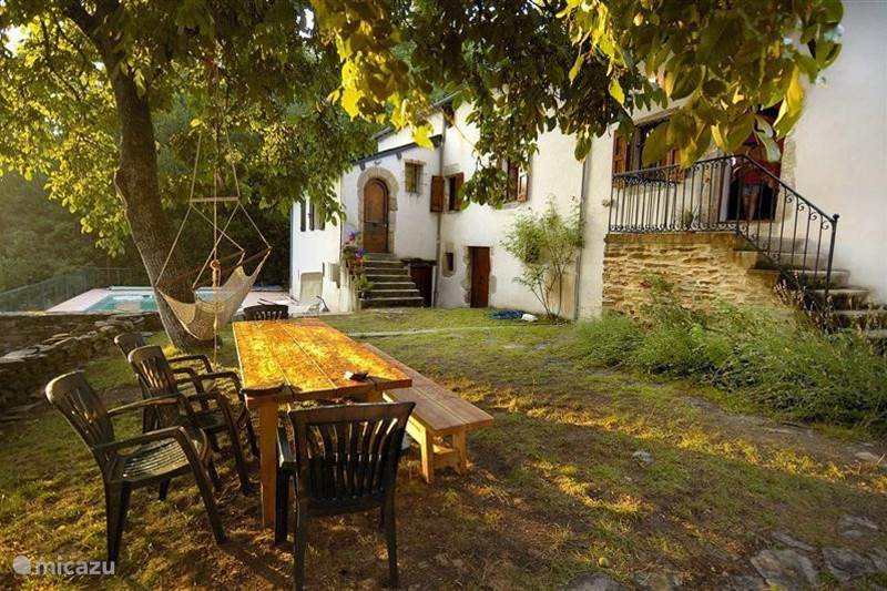 Vakantiehuis Frankrijk, Aveyron, Saint-Jean-du-Bruel Vakantiehuis Pradalaux, Cevennes