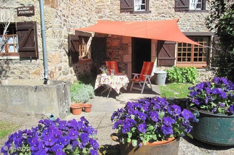 Vakantiehuis Frankrijk, Puy-de-Dôme, Brégiroux Boerderij Maison Pultrum