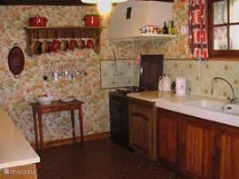 Das geräumige Französisch Küche komplett ausgestattet.